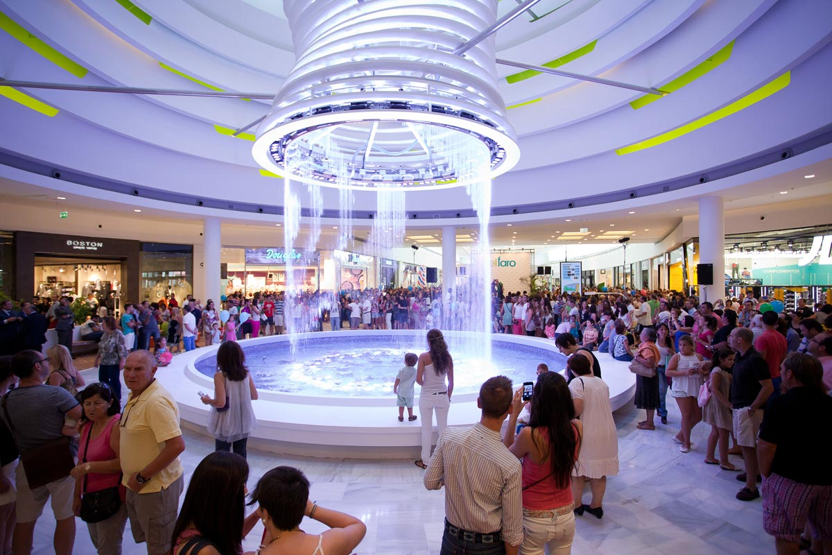 El Faro Shopping Mall Fountain