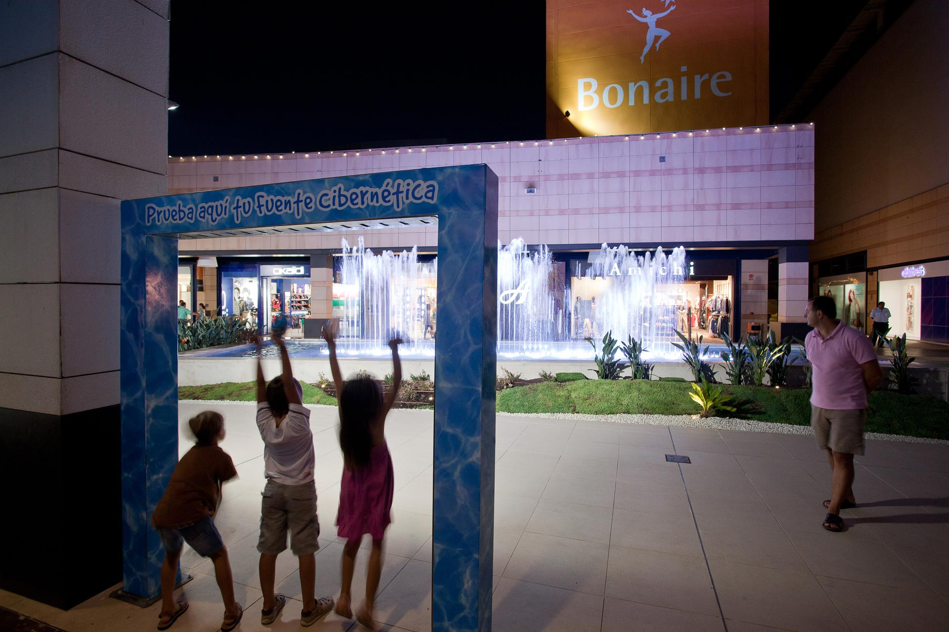 Bonaire Shopping Centre Group of Fountains